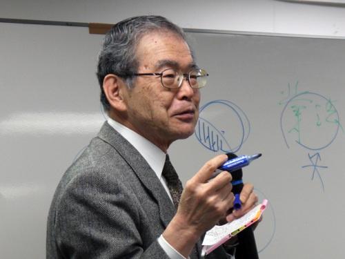 岡田康彦氏